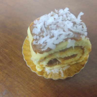 Deluce Coconut Roll-Individual